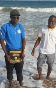 Honoré et Justin découvrent la mer