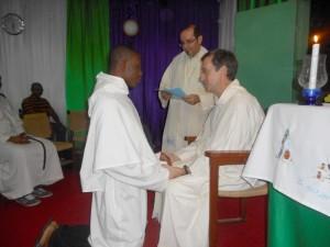 Le Fr. Bonaventure renouvelant ses voeux