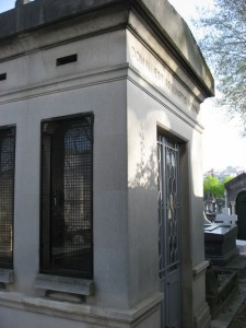 Le caveau assomptionniste au cimetière de Montparnasse (Paris)